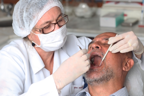elderly-man_dental-exam-2
